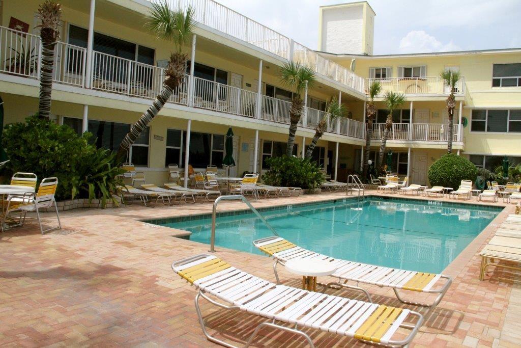 Tide-Vacation-apartments-hollywood-florida